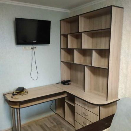 Компьютерный стол цвета Дуб Бардолино